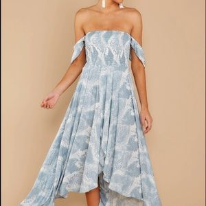 Dresses - Maxi Dress (NEW)